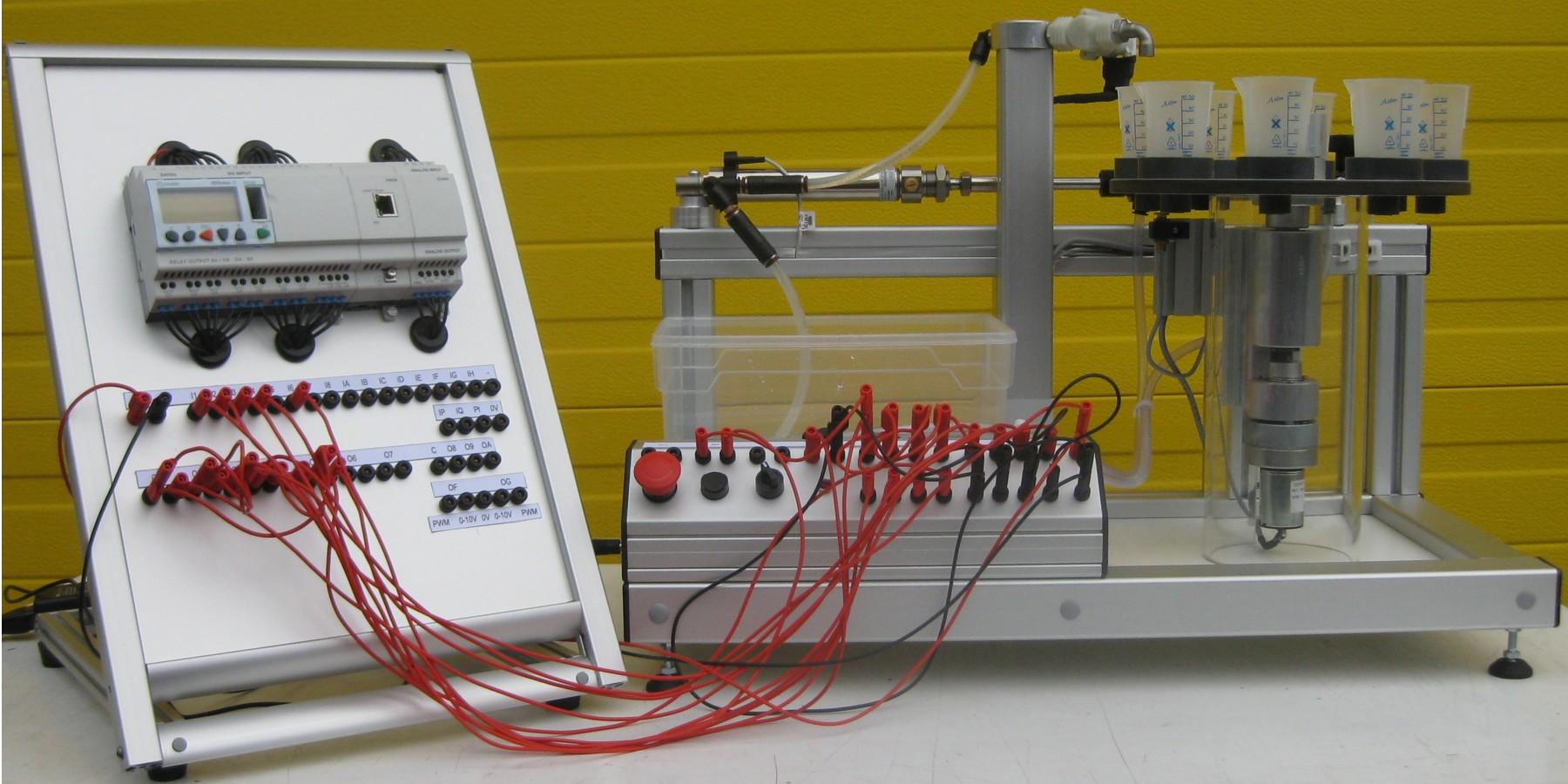 Système automatique de dosage et de remplissage